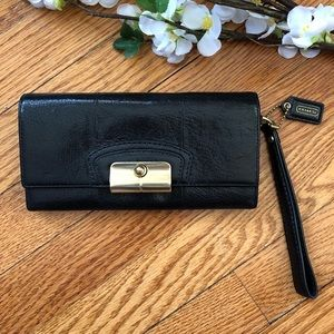 Coach Black Leather Clutch Wallet